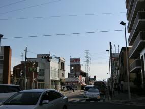 ジョーシン電気とコノミヤの写真